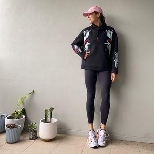 Nike // women's oversized Sweater